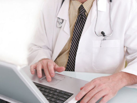 computer and doctor patient relationship